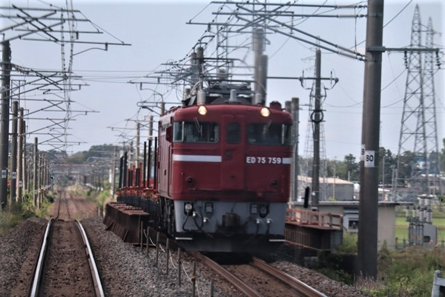 藤田八束の鉄道写真@理想的な国の運営、豊かな暮らしを平和に送りたい、そんな理想郷に近づけるために私達は何をどうすべきか_d0181492_22513080.jpg