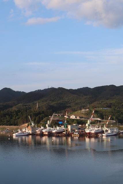 藤田八束の鉄道写真@理想的な国の運営、豊かな暮らしを平和に送りたい、そんな理想郷に近づけるために私達は何をどうすべきか_d0181492_22551378.jpg