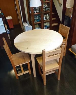 φ1100mm 円テーブル、二つ抽き出しデスク 納品_a0061599_21092427.jpg