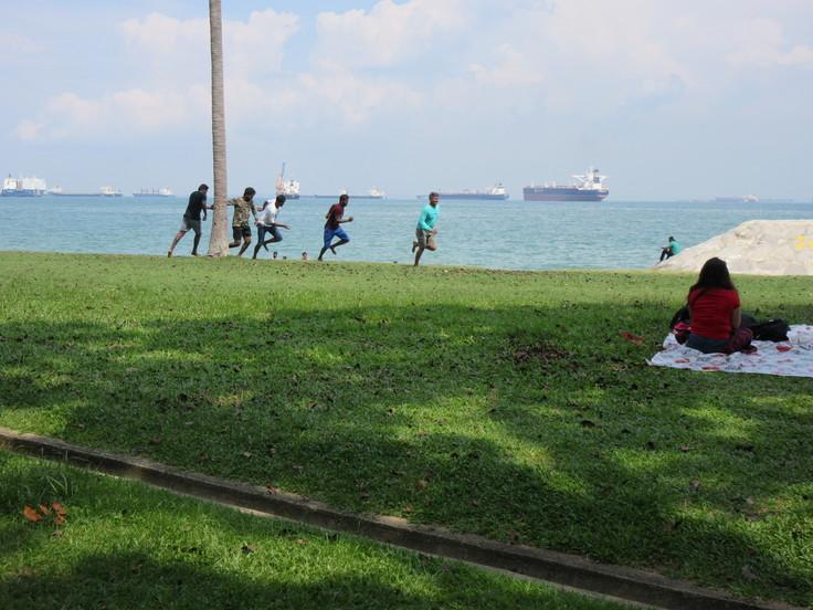 East Coast はシンガポール人の憩いの場です!_c0212604_2063012.jpg