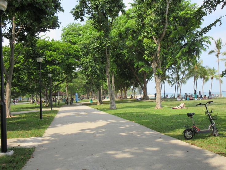 East Coast はシンガポール人の憩いの場です!_c0212604_2084891.jpg