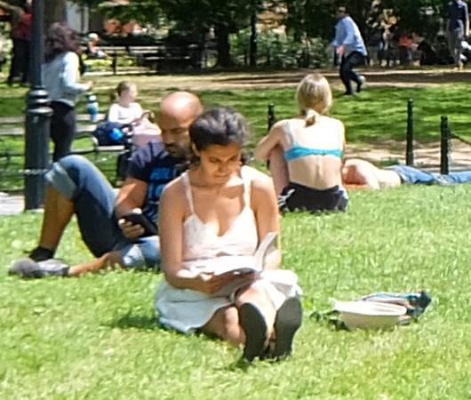 新緑の美しいワシントン・スクエア公園_b0007805_07082719.jpg