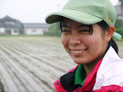 健康農園さんの令和元年の田植えの様子!菊池農業高校生さん達と共に!今年も無農薬栽培で育てます!後編_a0254656_19182001.jpg