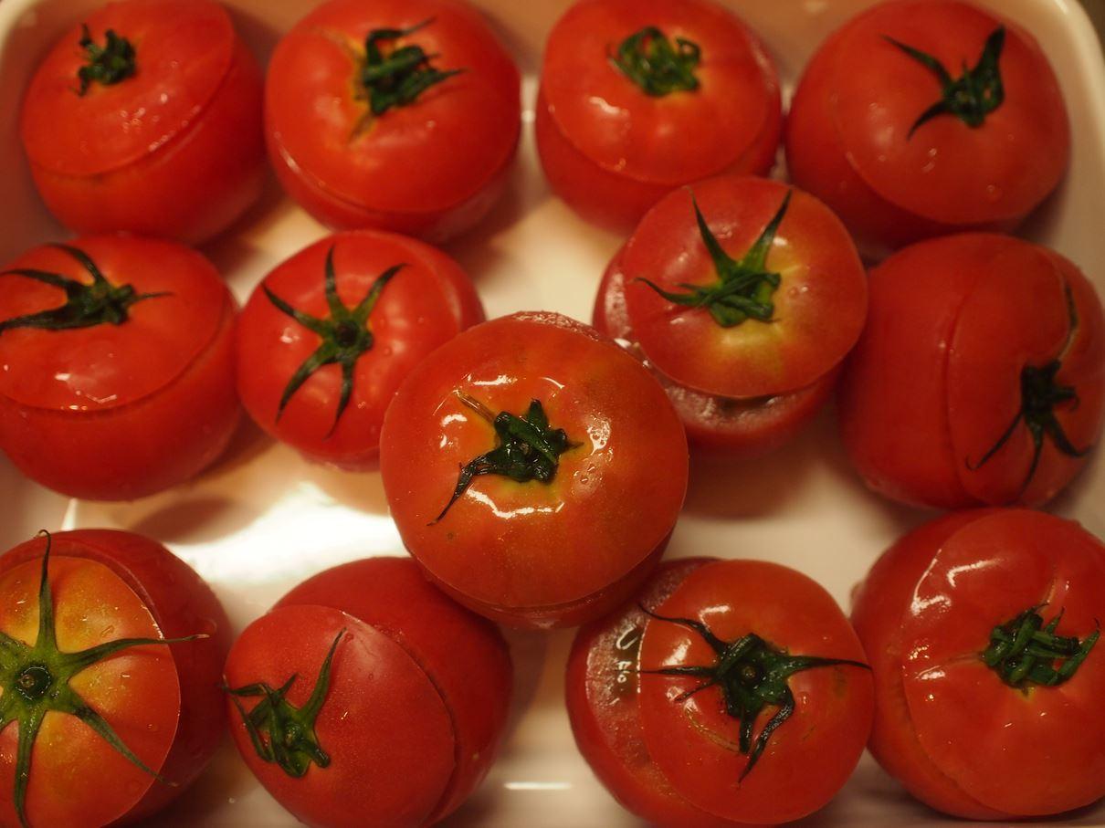 トマトの詰め物_b0279058_15593414.jpg