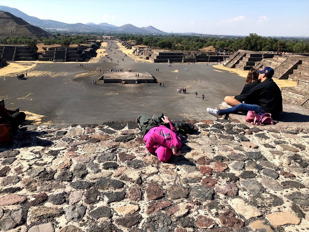 中南米の旅/66 月のピラミッド@メキシコ・テオティワカン遺跡_a0092659_16345228.jpg