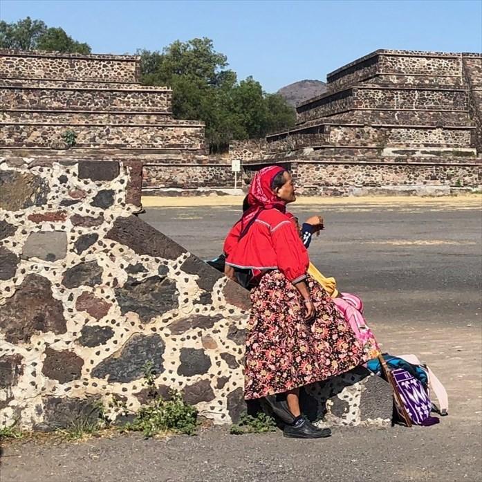 中南米の旅/66 月のピラミッド@メキシコ・テオティワカン遺跡_a0092659_16351081.jpg