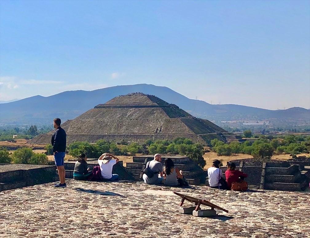中南米の旅/66 月のピラミッド@メキシコ・テオティワカン遺跡_a0092659_16424805.jpg