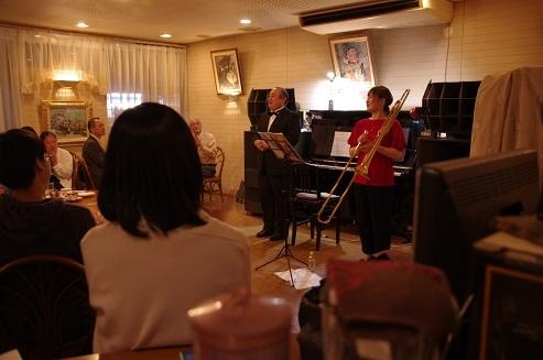 去る6月15日に開催された「アランフェス・カフェコンサート」の模様…_d0159273_08570597.jpg