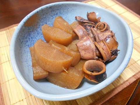 またまた大根の煮物&好きなお菓子_f0019498_07265706.jpg