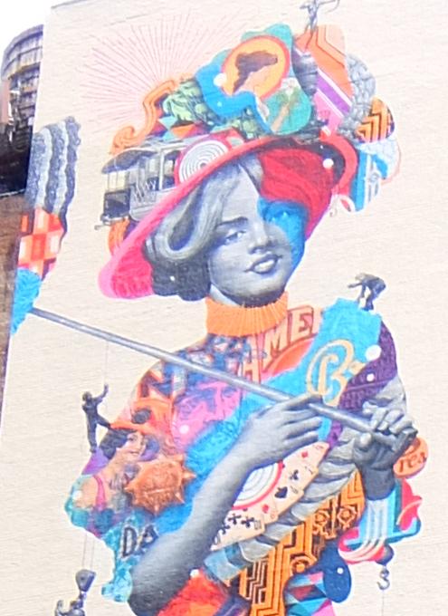 NYに世界初のスーパーモデル美少女、イヴリン・ネズビットさんの縦30メートルの超巨大壁画が登場_b0007805_20434448.jpg
