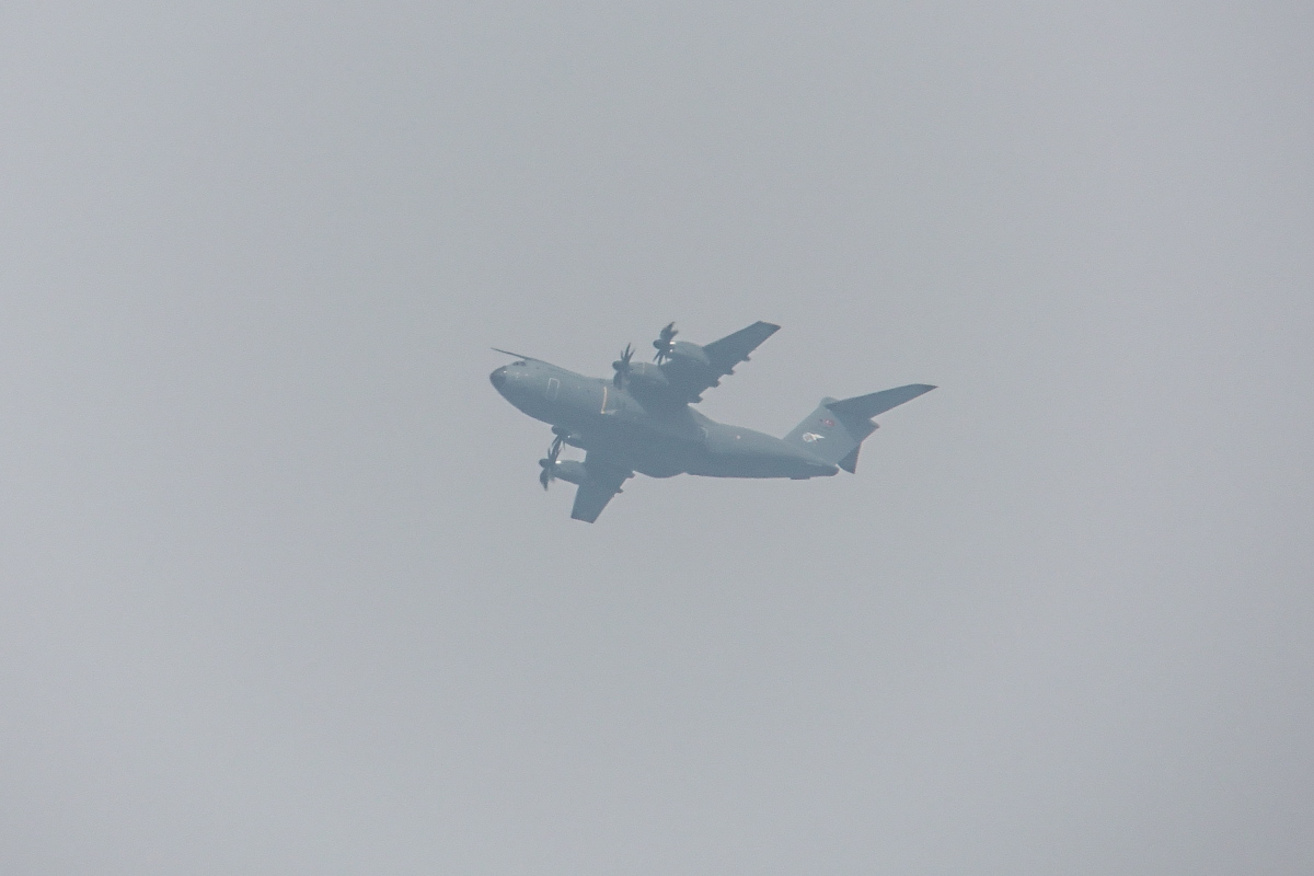 まさかのA400MがTWK上空に飛来_d0137627_22134979.jpg