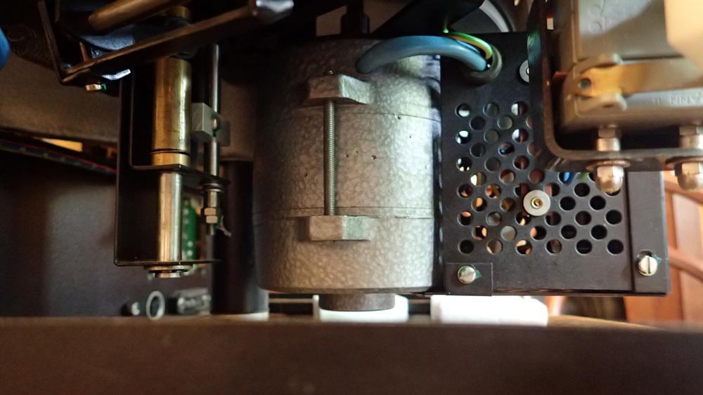 EMT930st モーター修理完了。_b0262449_18141633.jpg