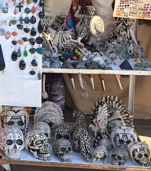 中南米の旅/67 テオティワカン遺跡の土産屋@メキシコ_a0092659_23054278.jpg