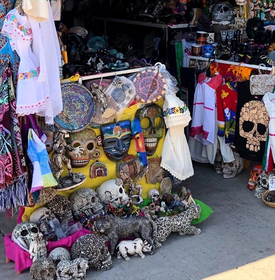 中南米の旅/67 テオティワカン遺跡の土産屋@メキシコ_a0092659_23091864.jpg