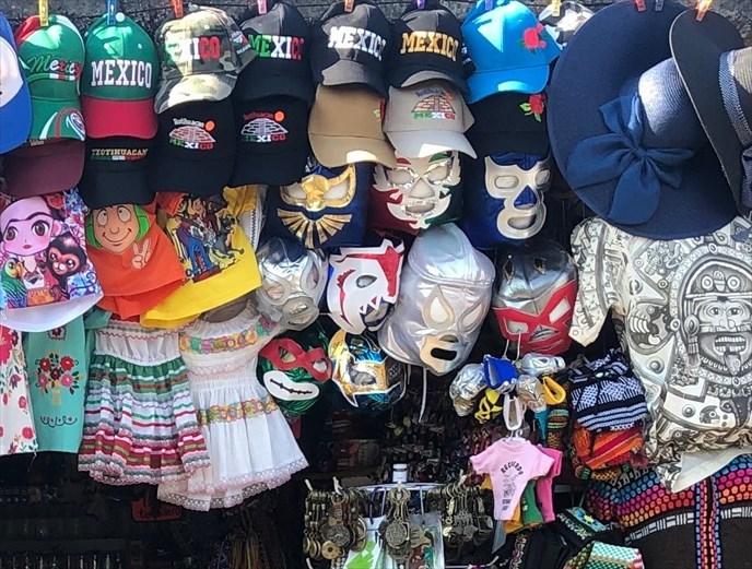 中南米の旅/67 テオティワカン遺跡の土産屋@メキシコ_a0092659_23332736.jpg