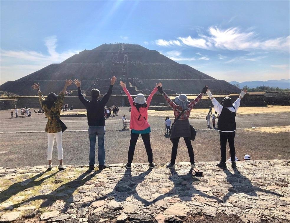 中南米の旅/67 テオティワカン遺跡の土産屋@メキシコ_a0092659_23574633.jpg