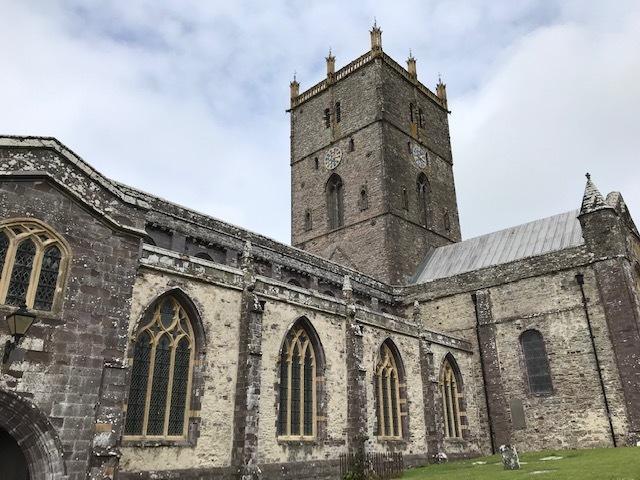 イギリスの旅その④ 古い教会_d0085018_13240887.jpg