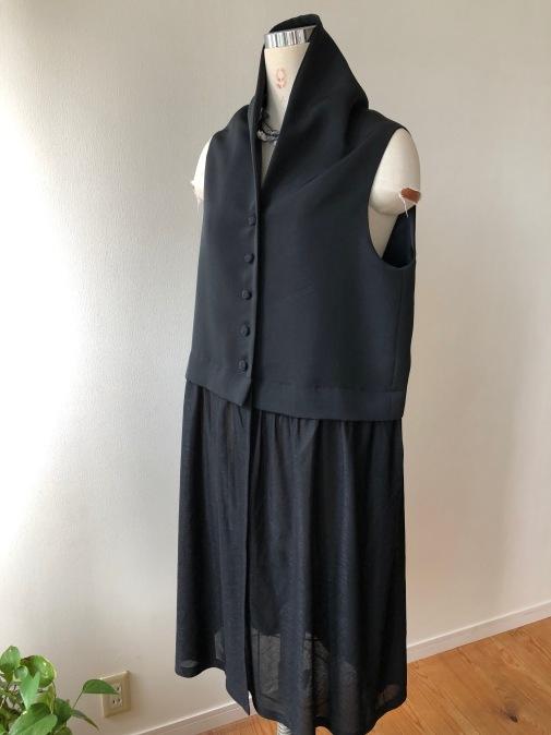 着物リメイク・絵羽織から異素材のジレ_d0127925_18251404.jpg