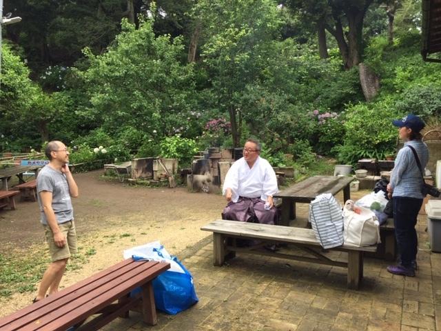 来年に向けての準備に! 葛原岡神社の紫陽花を♪_d0108933_01554287.jpg