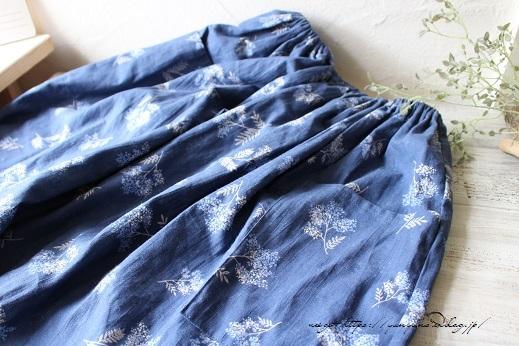 上品な藍色ハーフリネンでよそ行き用夏スカートができました♪_f0023333_22045035.jpg
