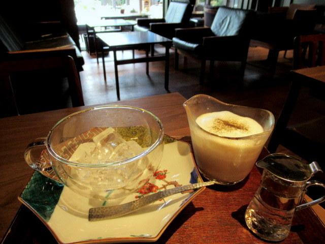 奥なんば・浪芳庵本店「カフェつぎね」* 超豪華なわらび餅を食す♪_f0236260_15362615.jpg