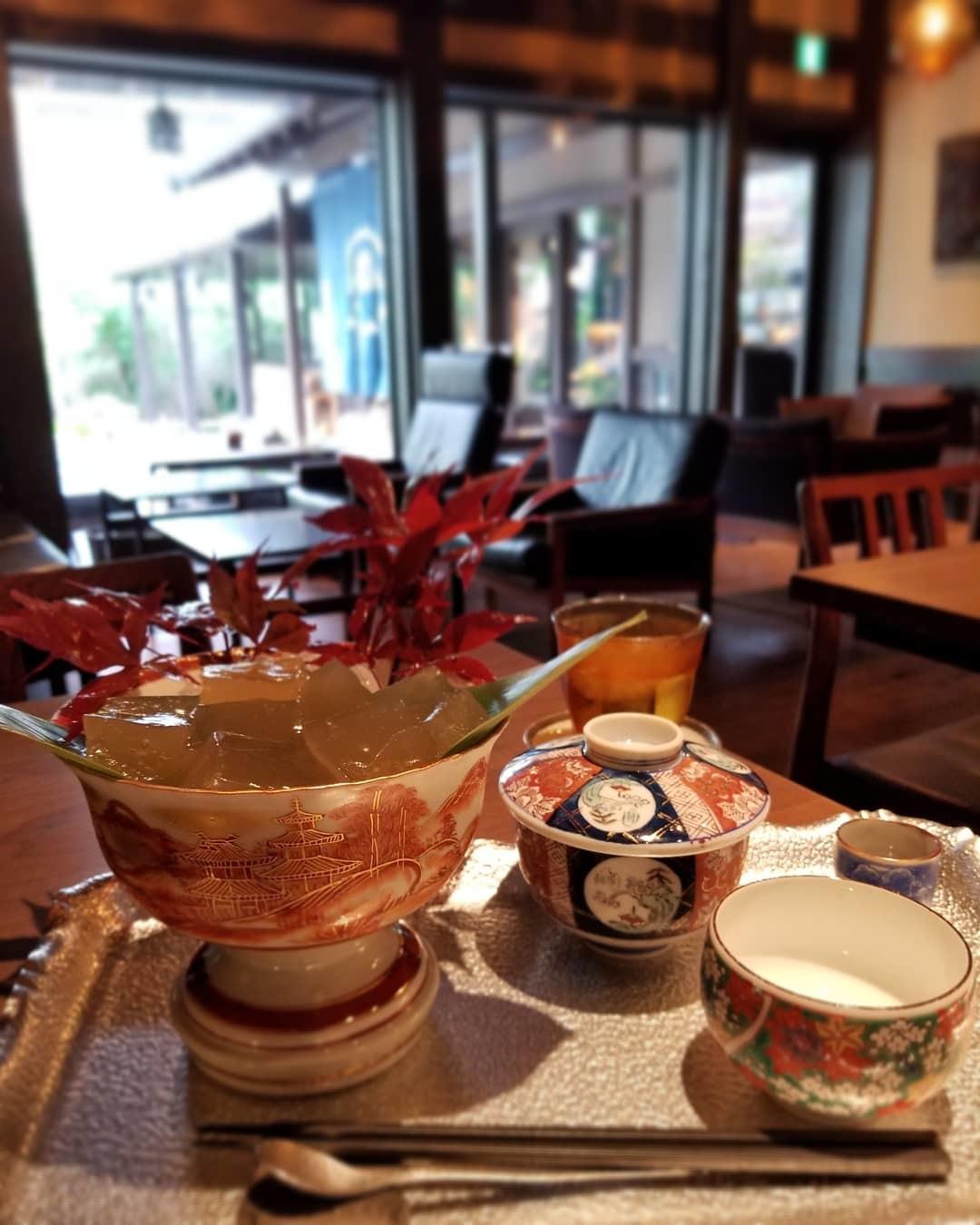 奥なんば・浪芳庵本店「カフェつぎね」* 超豪華なわらび餅を食す♪_f0236260_16051730.jpg
