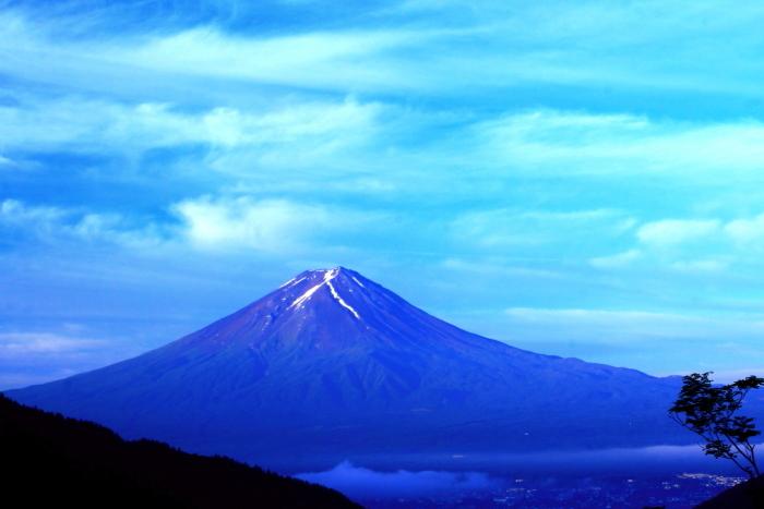令和元年6月の富士(26)御坂みちのおぼろ雲と富士_e0344396_18354747.jpg