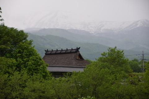 初夏の八方尾根登山(4)山麓の風景_a0147436_11040335.jpg
