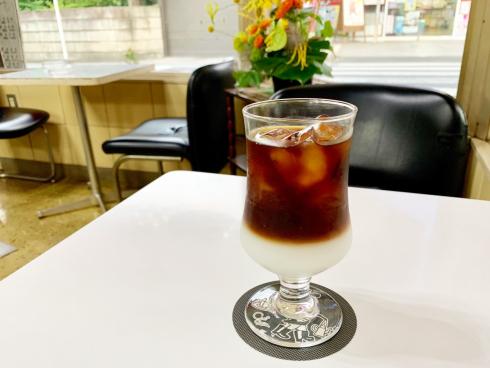 素敵な喫茶店のコースター_d0095746_17073949.png