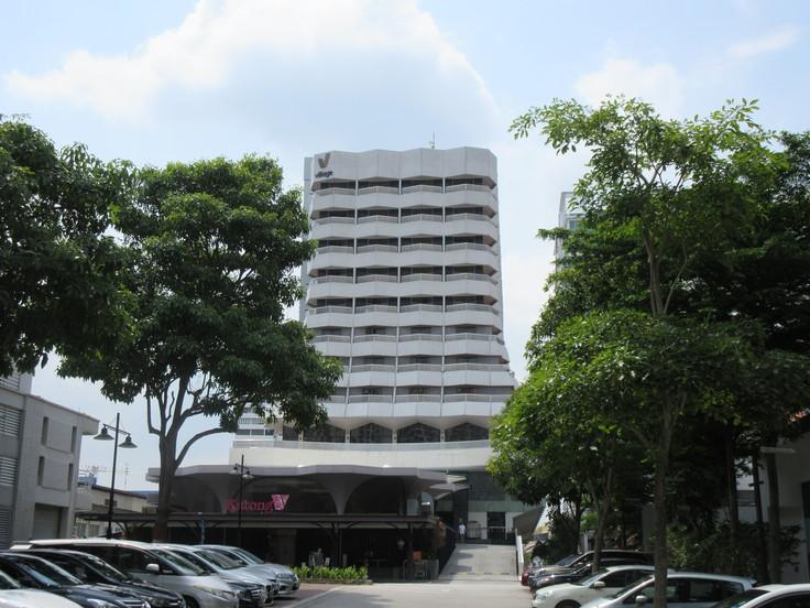 カトンスリングで一日を終える♪ Village Hotel Katog_c0212604_5285319.jpg