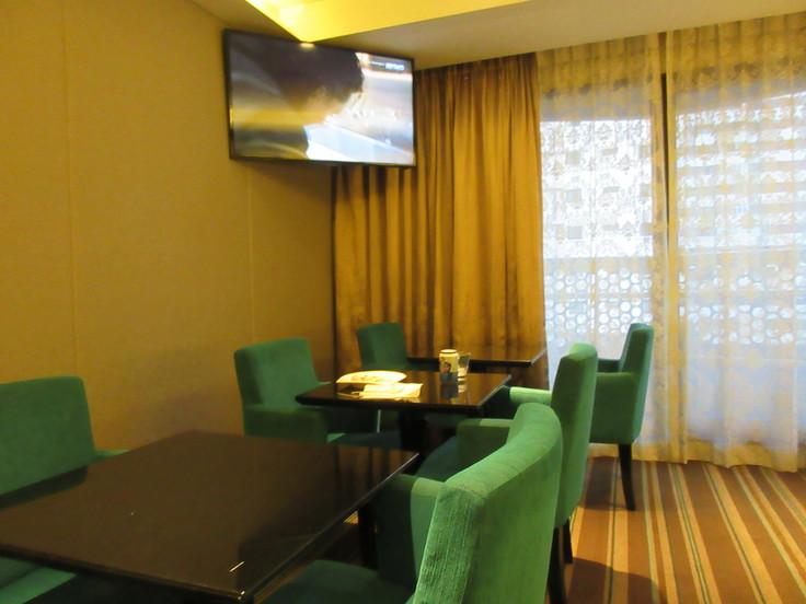 カトンスリングで一日を終える♪ Village Hotel Katog_c0212604_539072.jpg