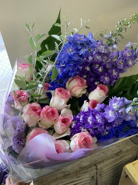 薔薇とデルフィニウムの花束_b0196913_19075287.jpeg