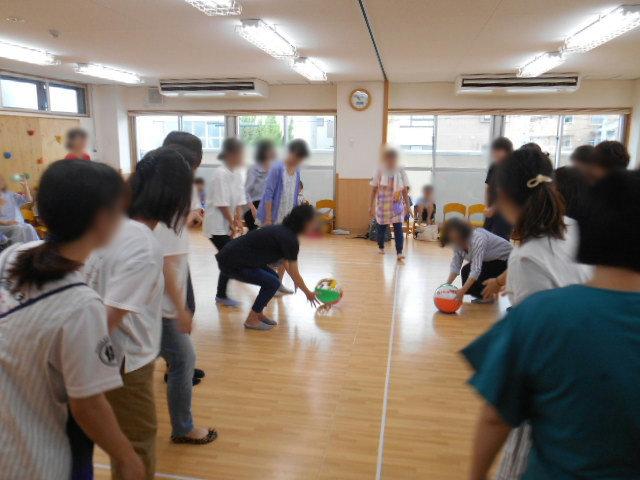 らいおん組 保育参観と給食懇談会_e0148419_15485795.jpg