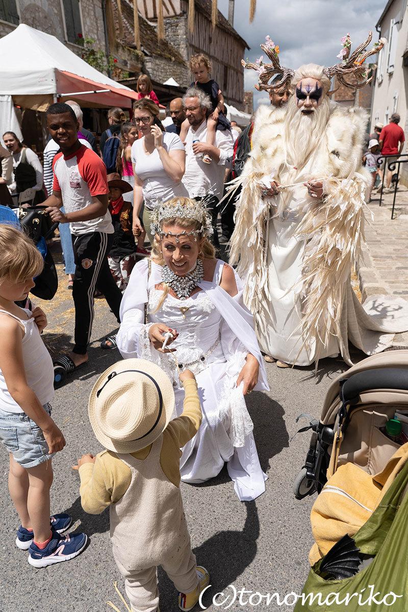 世界遺産の町、プロヴァンの「中世祭り」へ_c0024345_02544789.jpg