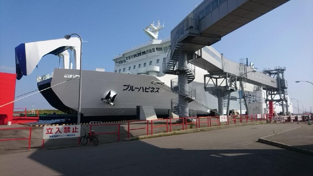 津軽海峡フェリーの売店シーちゃんに、いかコーナーが新登場!編みぐるみいかちゃん人気_b0106766_17424367.jpg