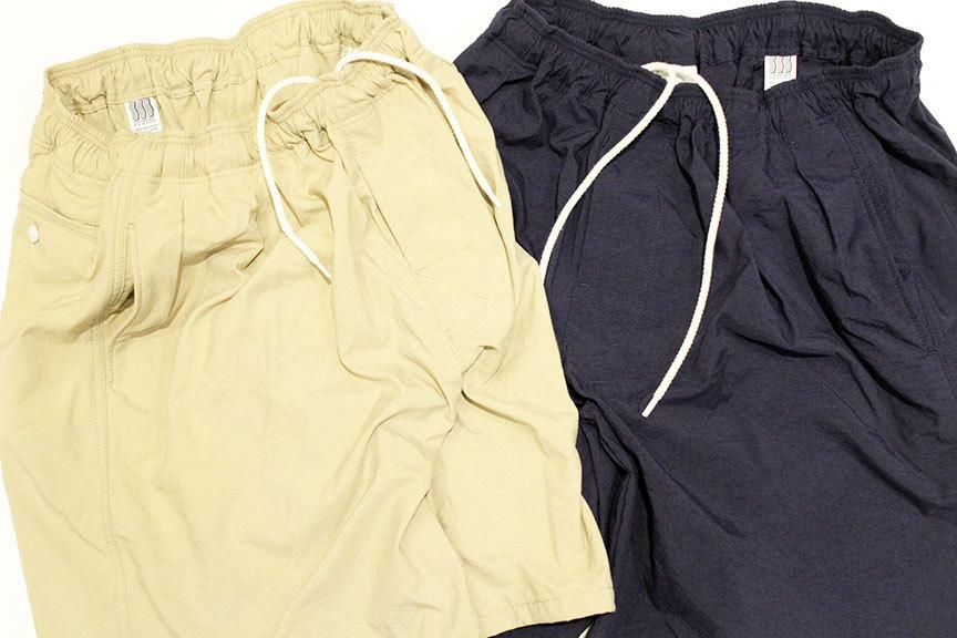 "COMFORTABLE REASON (コンフォータブルリーズン) \"" Pile pocket 2tuck Nylon shorts \"" Exclusive_b0122806_12463720.jpg"