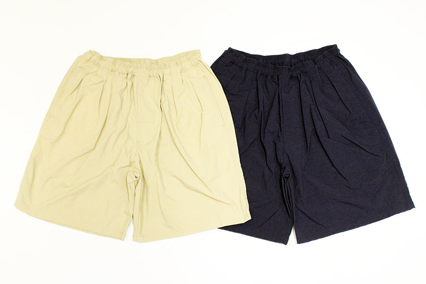 "COMFORTABLE REASON (コンフォータブルリーズン) \"" Pile pocket 2tuck Nylon shorts \"" Exclusive_b0122806_12465310.jpg"