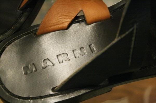 平成最後のヨーロッパ買い付け後記28 イヴサンローラン美術館で泣く 入荷イヴサンローラン他、フェンディ、グッチ、マルニ、マルタンマルジェラ レディースサンダル、メンズスニーカー_f0180307_01374605.jpg