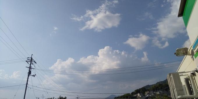 西日本大水害を忘れない。「一年前」とうって変わって暑い晴天_e0094315_17565976.jpg