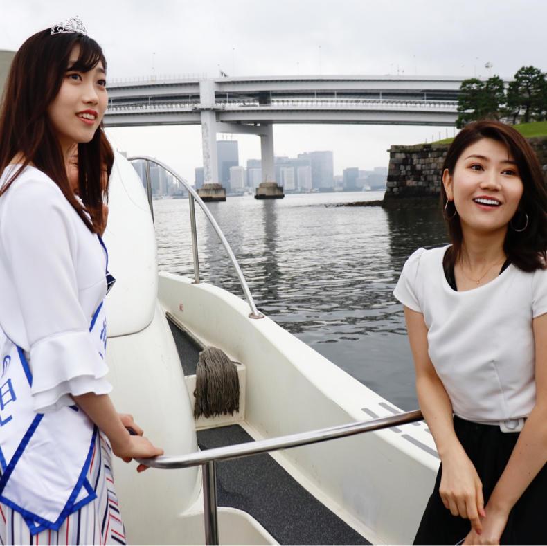 「マリンカーニバル 2019」でメディア向けのボートに乗れてご満悦_c0060143_15112901.jpg