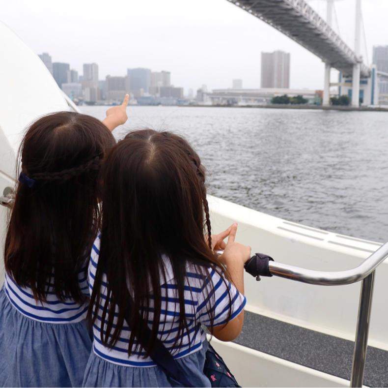 「マリンカーニバル 2019」でメディア向けのボートに乗れてご満悦_c0060143_15113209.jpg