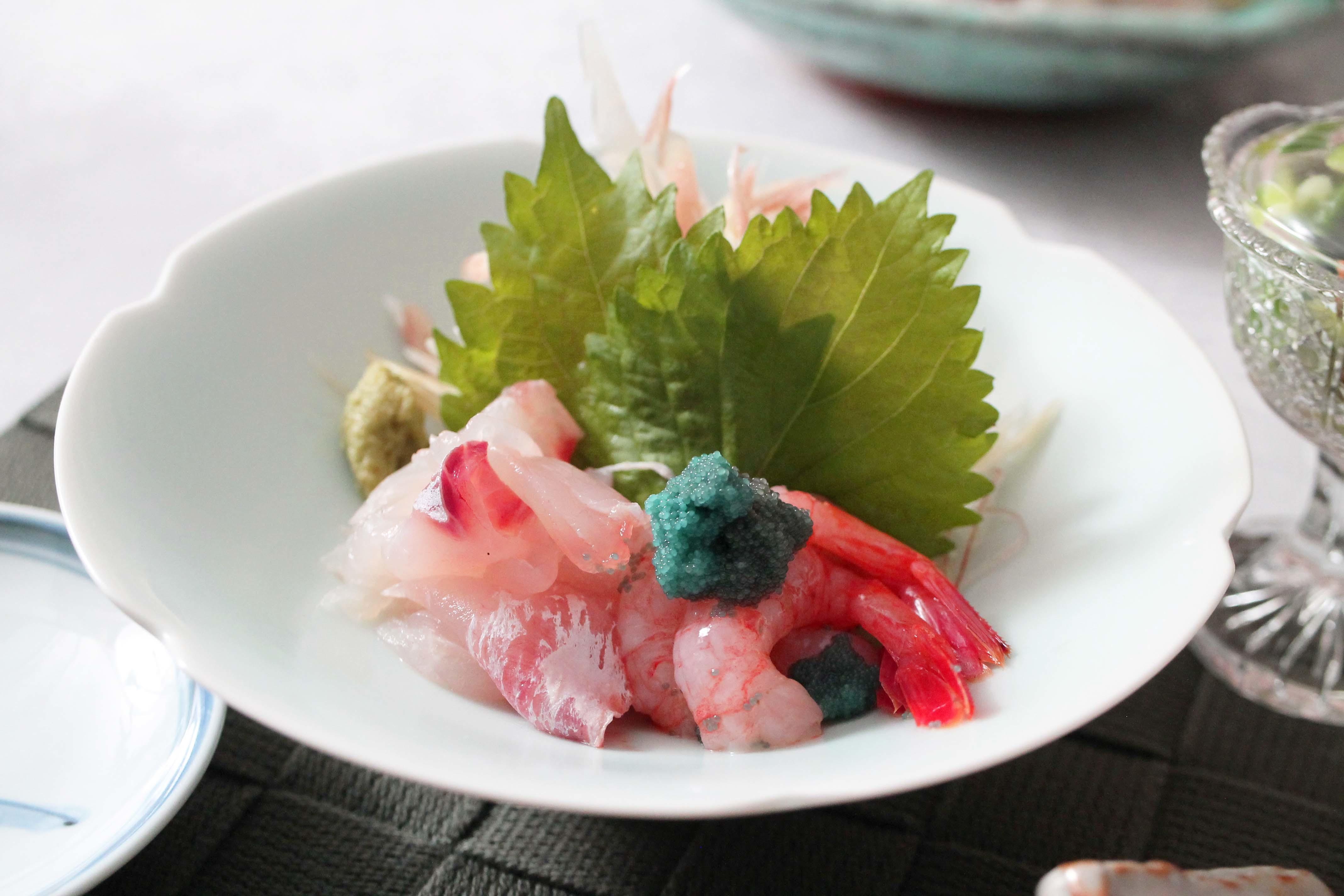 鯖の味噌煮 紅くるり大根おろし添え_d0377645_16174873.jpg