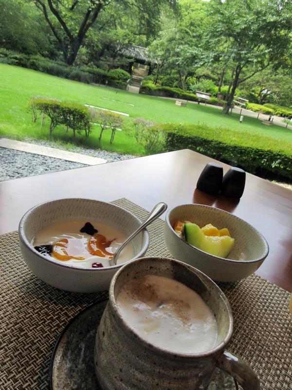 グランドプリンスホテル高輪「花雅」の朝食【ラウンジホッピング】_b0009849_11263124.jpg