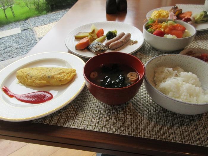 グランドプリンスホテル高輪「花雅」の朝食【ラウンジホッピング】_b0009849_11425813.jpg