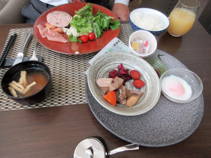 【ザ・セレスティン東京芝で朝食ビュッフェ】_b0009849_20252576.jpg