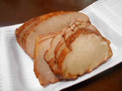 肉屋さんのメンチカツと焼き豚_f0019498_06404848.jpg