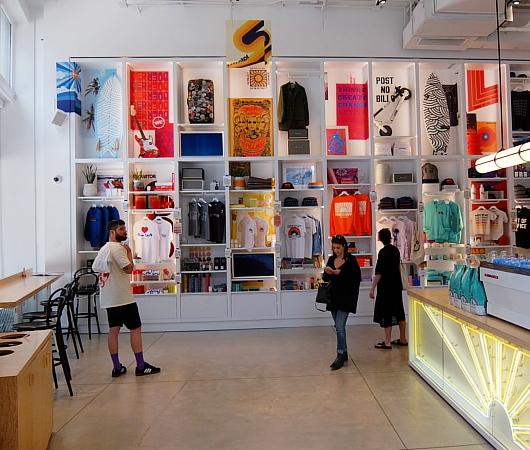 WeWorkによるカフェ、小売店、シェアオフィスが1つになった新しいタイプのお店 Made BY We_b0007805_08132767.jpg