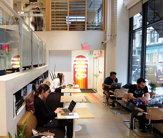 WeWorkによるカフェ、小売店、シェアオフィスが1つになった新しいタイプのお店 Made BY We_b0007805_08151682.jpg