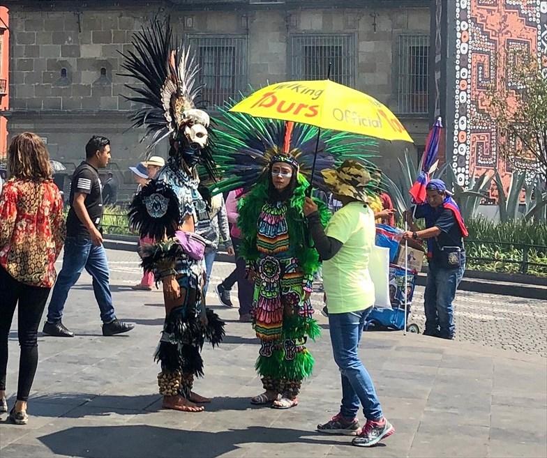 中南米の旅/68 アステカ遺跡の上に建つメトロポリタン大聖堂@メキシコシティ_a0092659_20422355.jpg