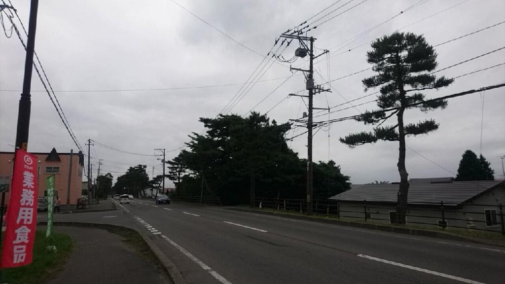 仕入れのため、七飯町大槻食材へ。七飯は小雨です。_b0106766_08555076.jpg